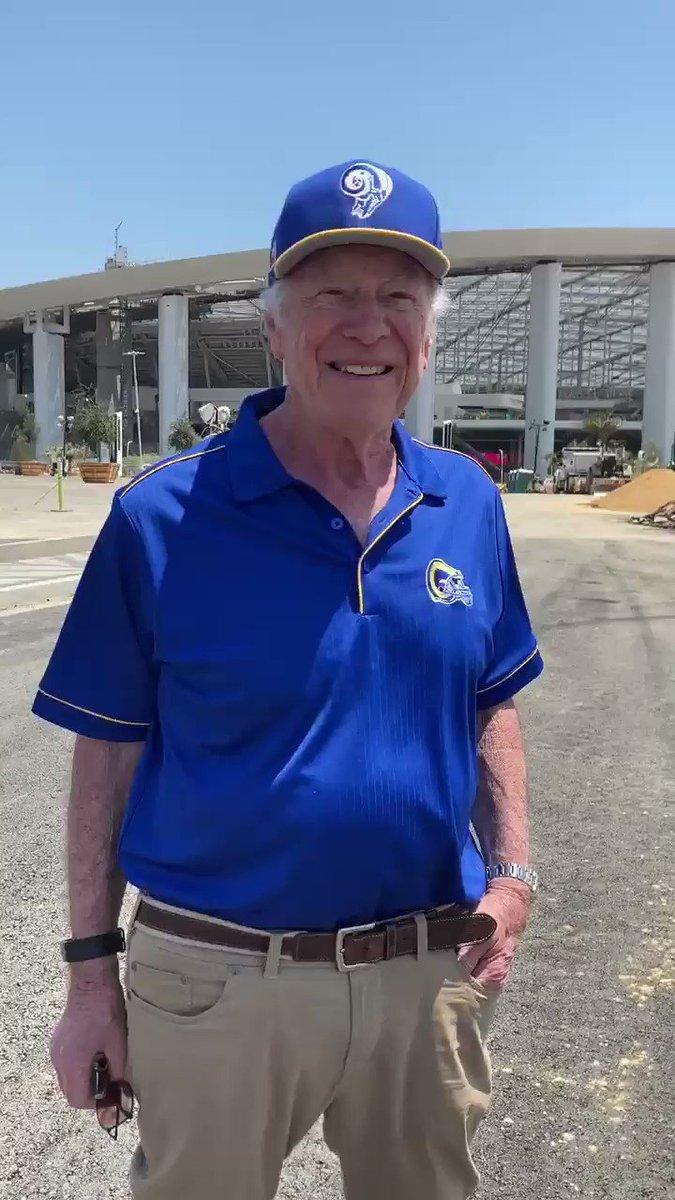 My Dad Bernie turned 84 today and went to So-Fi. Video msg of appreciation to the Rams organization. @kdemoff @RamsNFL @SoFiStadium @LARamsServices @CVRamsClub @RamsNFLReport @RiseRams @vcsjoecurley
