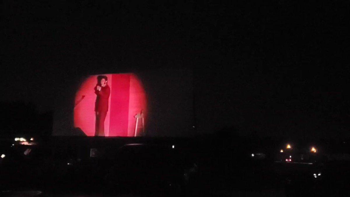 Elvis opening for Garth! In Ocala, FL @garthbrooks #garthbrooksdrivein