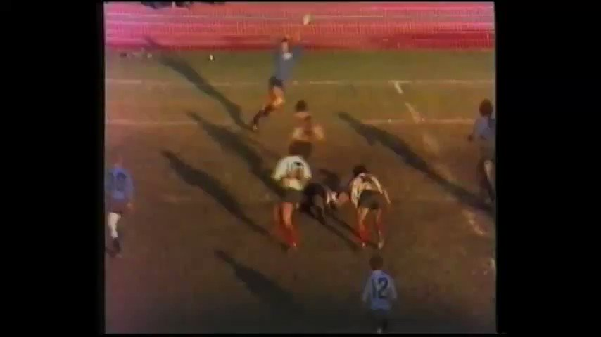 #BullsFamily #TryTuesday Are you old enough to remember this legendary try from Pierre Spies Snr against the Free State in 1975 😊... if not, take a moment and enjoy greatness👌
