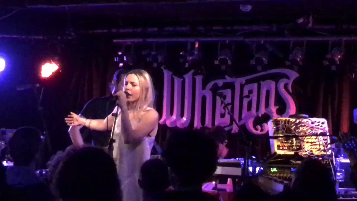 #LetTheMusicPlay with ⁦@haelos⁩ ⁦@whelanslive⁩ what a gig, can't wait to see them again...