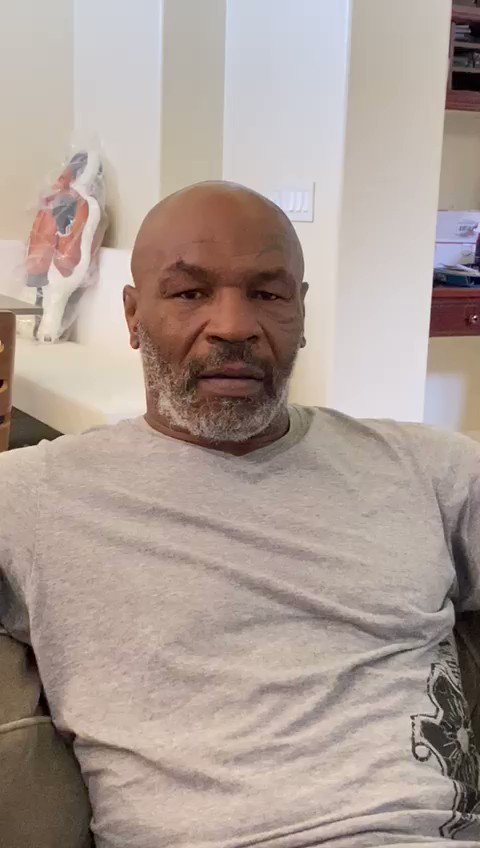 From legend to legend 👊 @MikeTyson sent his best wishes to his inspiration to become a boxer, @robertoduranbox during his recovery.