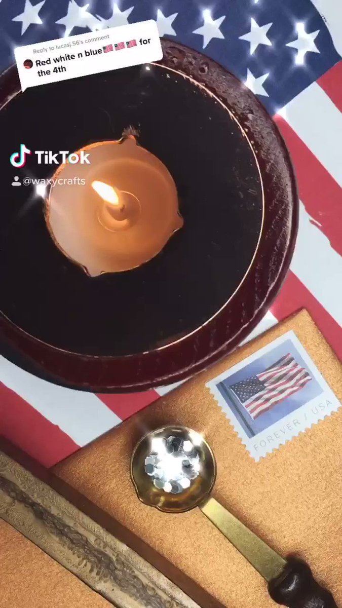 Happy Independence Day #waxseal #waxsealstamp #journaling #calligraphy #lettering #letteringart #satisfying #oddlysatisfying #aesthetic #4thofjuly #independeceday #hamilton #melting #usapic.twitter.com/pWnNDfs0Ed