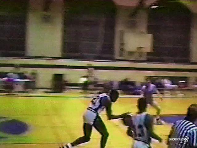 "Defender shouldn't have given him a full run up. Dorian Graham aka ""The Black Stallion"". https://t.co/fXRk7GR3Qw"