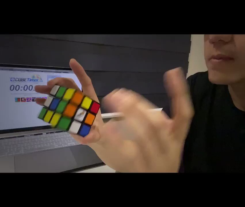 I hardly use it nowadays but when i was in gradeschool, i was so obsessed with the Rubik's Cube and timing myself solve it(my fastest ever was 23 secs heh). Today was the first day i picked it up again in a while and i did it coz nakakastress talaga lahat ng ganap ngayon hahahuhu https://t.co/IJUFyT3CNY