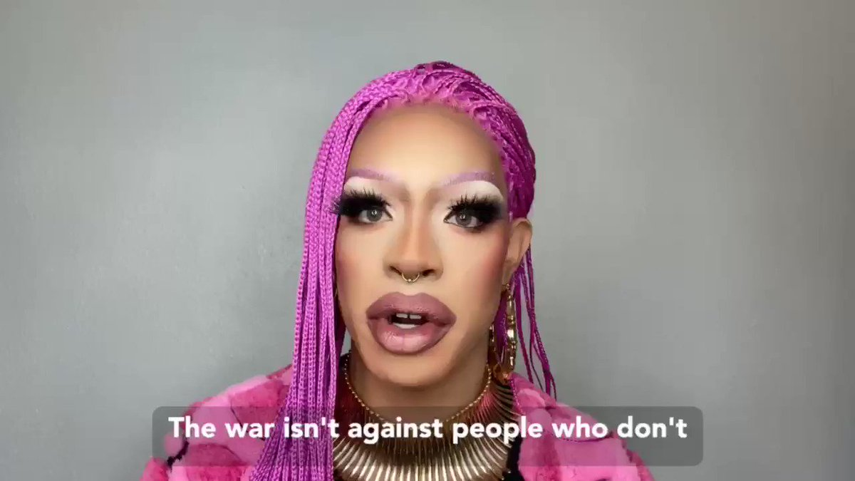 @OddlyYvie gave this powerful & moving speech at the first annual Black Queer Town Hall Full: youtu.be/i4TIX-emTR0