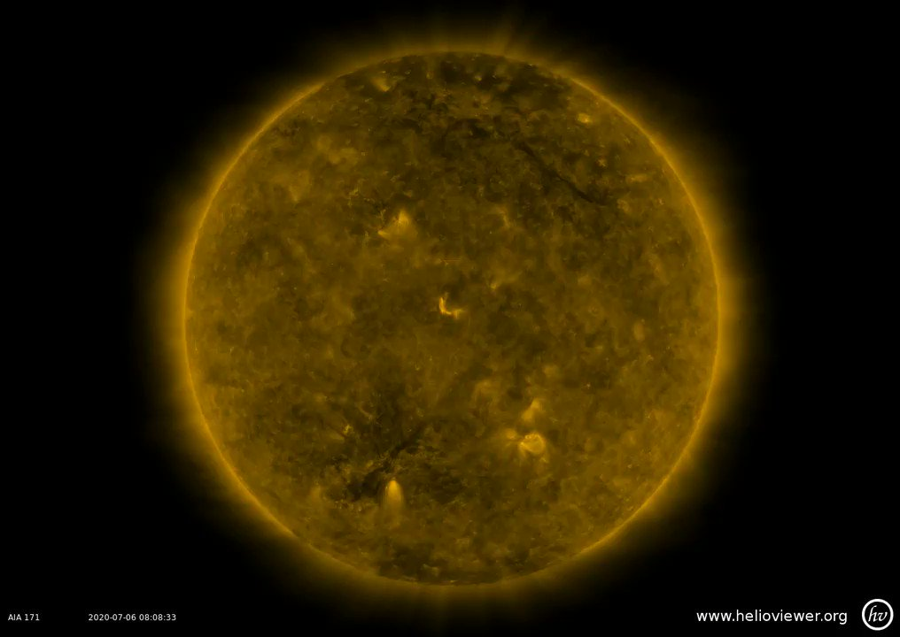 Image for the Tweet beginning: New #Sunspot Solar Cycle 25