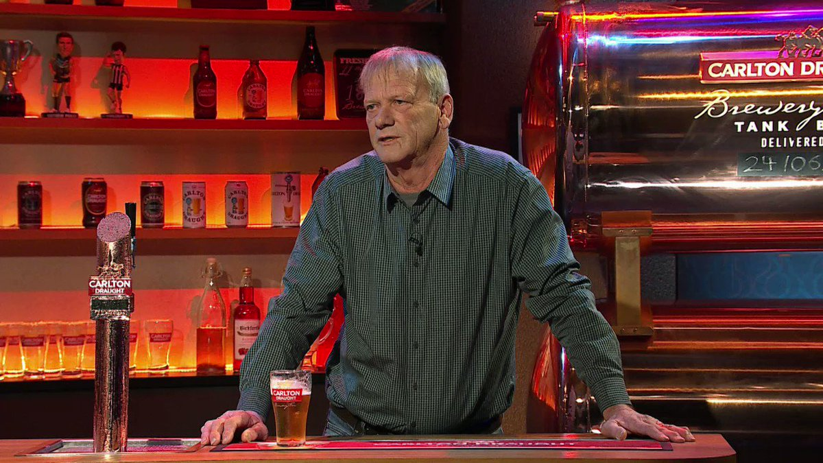 Last time I was on Front Bar I helped Mick out with a new nickname. I'll try and help @MrSamPang out tonight. See you all at 9.15 for @thefrontbar7 on @Channel7 and 7plus (northern states) 👊🏼