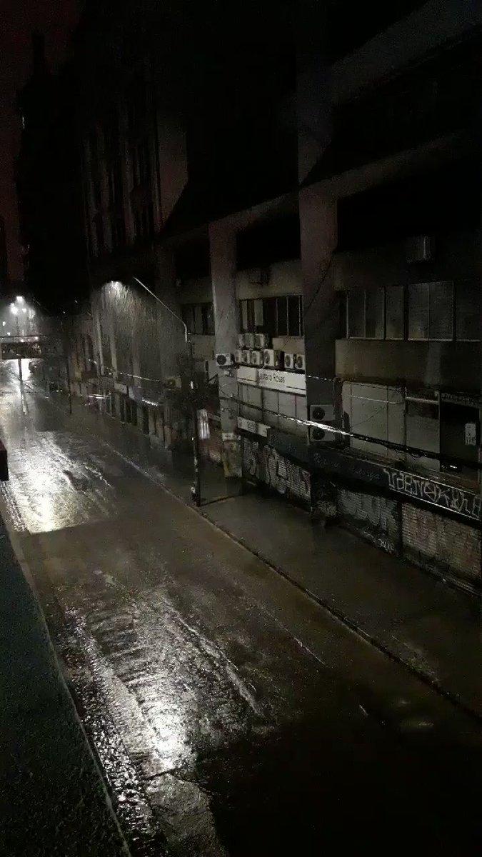 RT @AlvaroMolinaJCL (07:25 HRS) #VALPARAÍSO (@SRojasPalma) Fuerte Lluvia en Valparaíso