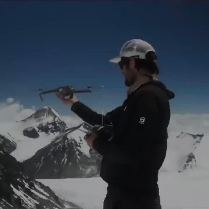 Flying a Drone On Mt. Everest #mteverest #everest #drone #drones #Nepal #MountEverest #WednesdayVibes https://t.co/k5NrvcjRRz