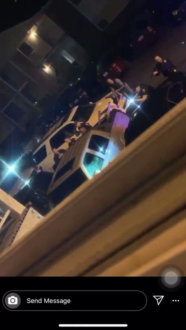 Here's the second part  You can hear the officers screaming at Breonna Taylor's boyfriend Kenneth Walker as he walks out backwards, clearly complying as more officers run up to position themselves with guns https://t.co/n3YEPbKa6e