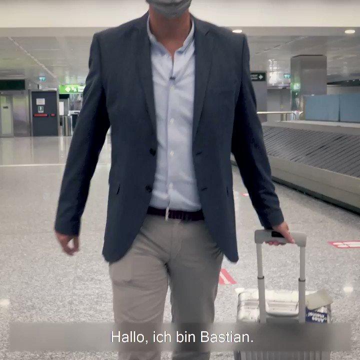 Unser Flying Reporter Bastian ist am Ziel: Begleite ihn im dritten Teil unserer Video-Reihe bei seiner Ankunft in Mailand. #WeCare #Lufthansa https://t.co/0eThMACvAG