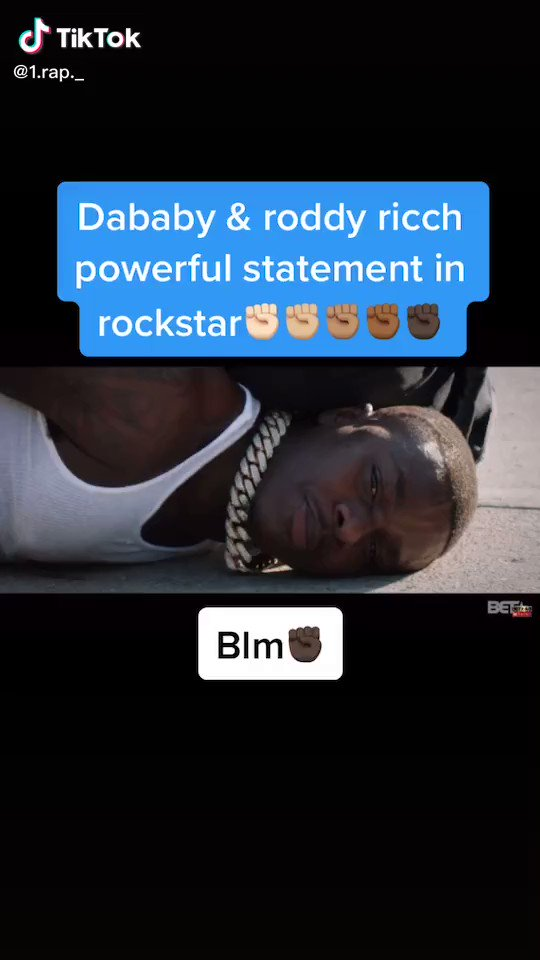 I love this shit  Black Lives Matters for real. We got real deep shit going on in our city and our country. #BlackLivesMattters #BlackLives #hiphopculture #StandUpForAmerica pic.twitter.com/04EjffYT4R