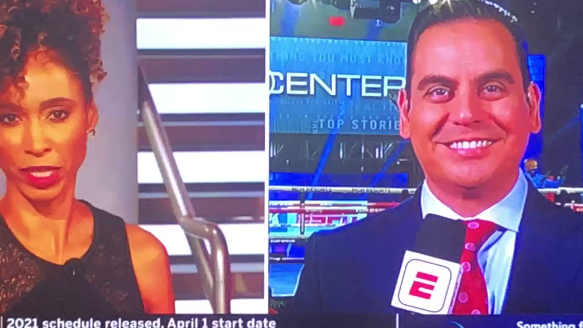 """When you are doing a live hit on @SportsCenter with @sagesteele and a fight breaks out where there is a double knockdown and a big finish perfectly placed over your shoulder. @trboxing on @espn in the @MGMGrand 🥊 """"Bubble"""" https://t.co/wZUUnxEMxE"""