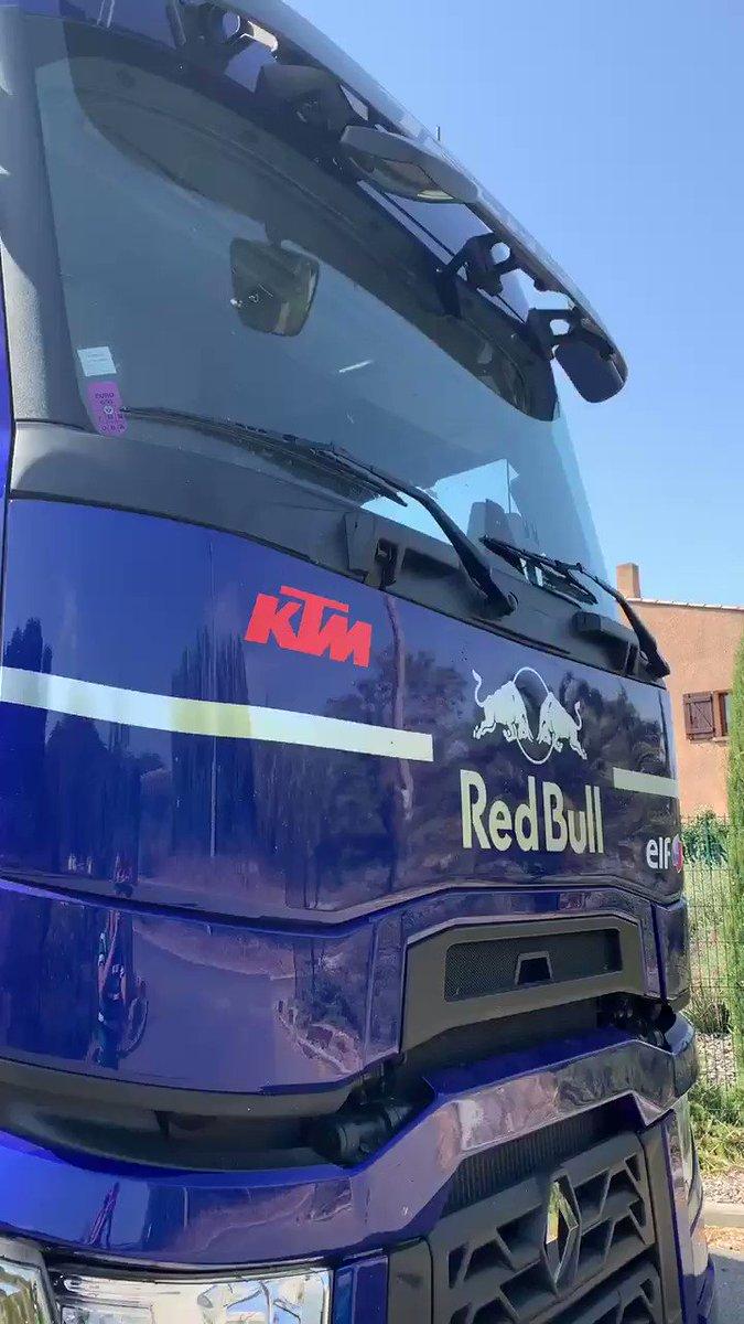 When the boys are leaving the garage... it means #MotoGPIsBack ✊🏻 #KTM #Tech3 @MotoGP #MotoGP