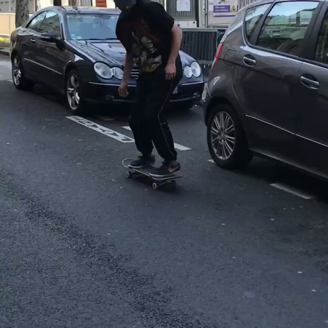 This So Clean    (Skater: thetrumanburbank)  #skateboarding #skate #sk8 #skateboard #Skaterpic.twitter.com/PcctawNZ7b