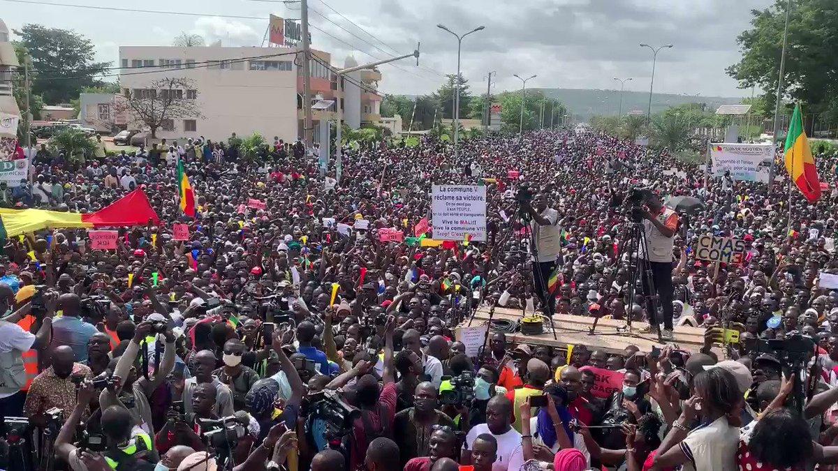 Third mass protest against President #Keita in Bamako, #Mali. (📹@konate90)