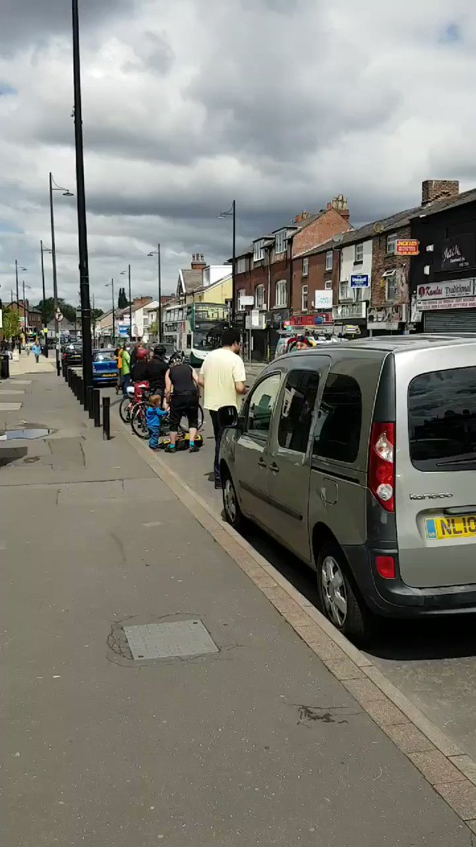Great to see the barbers next door to Himalayas in Levenshulme showing their support for todays protest. #cleanair #safestreets #popupcyclelanes