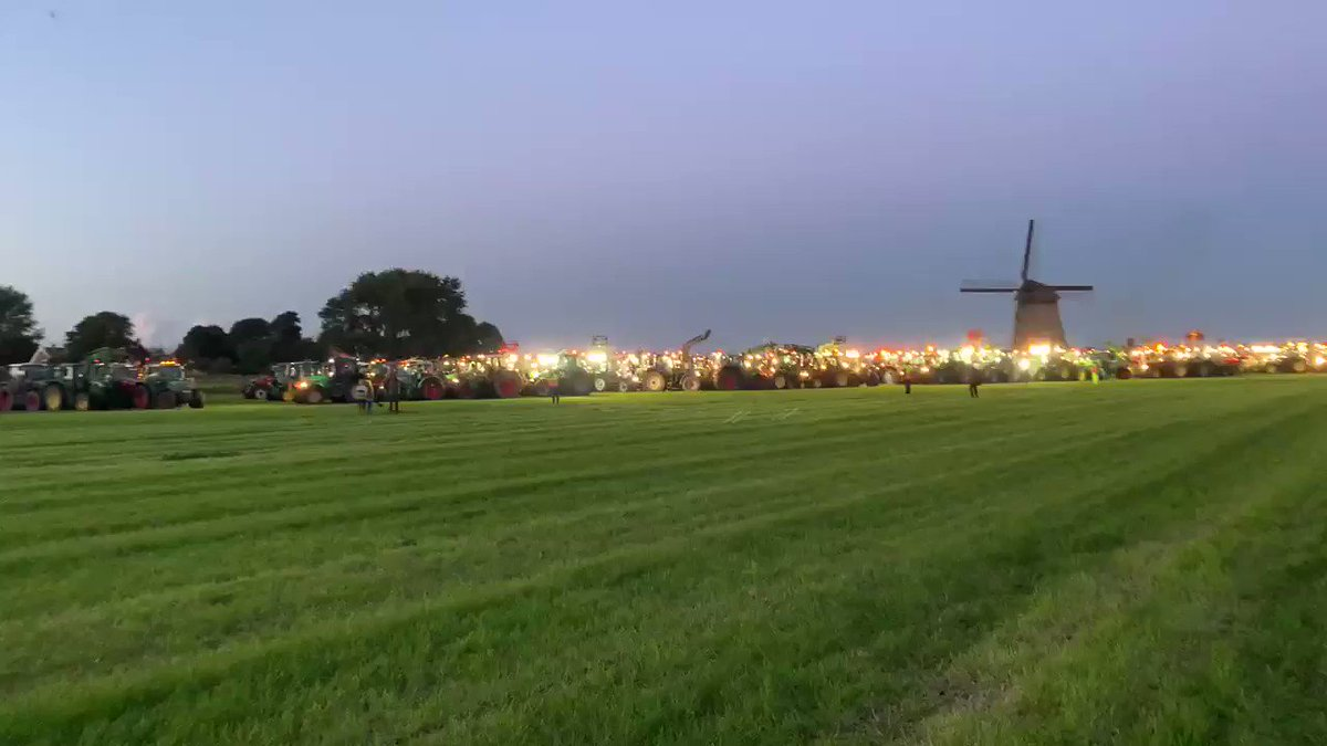 """Dutch farmers continue their protests against their globalist government and its plan to introduce a """"Greta Thunberg Climate Change tax"""""""