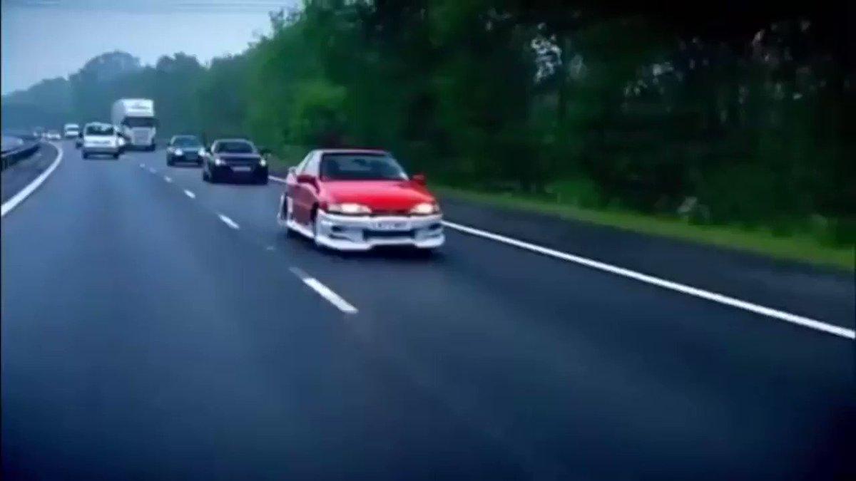 No context Top Gear (@ContextGear) on Twitter photo 2020-07-12 14:39:52