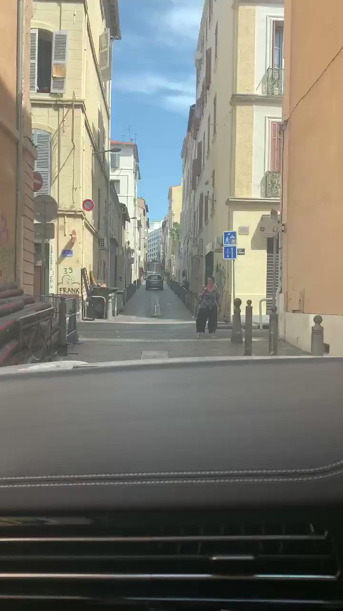 It's nearly like Top Gear    It's all for the love yo good food and wine   #Marseille pic.twitter.com/wPUfOhmugu
