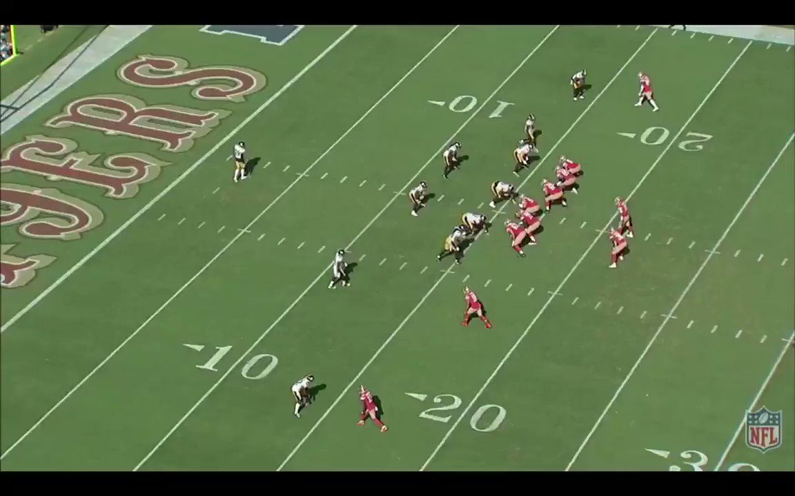 Dante Pettis is the best pure route runner on the #49ers. Only if he can put it all together this upcoming season. twitter.com/nicholasmcgee2…
