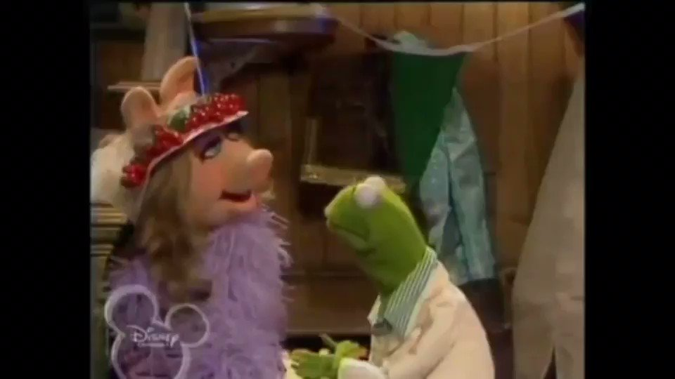 Kermit tries to imitate Piggy It doesn't go too well 😂💥
