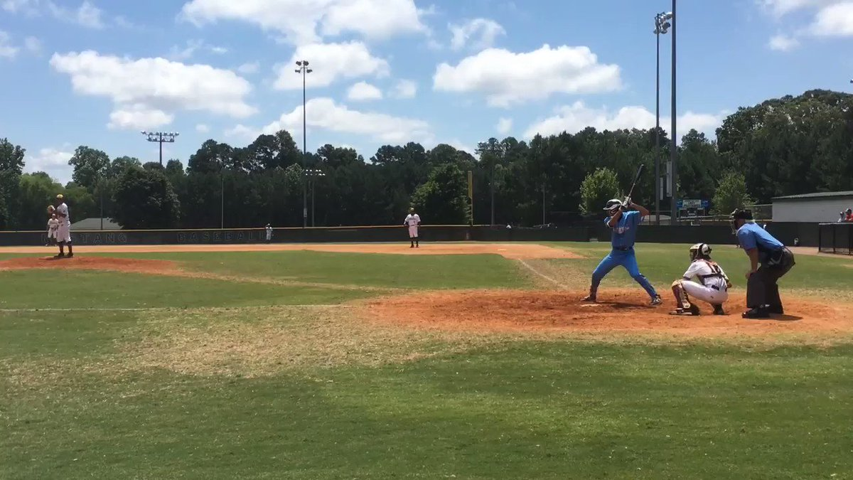In eight at-bats, AJ Gracia (2022, N.) is now batting .375 and is up to 10 K's in 4 2/3 IP in the #WWBA16u. Here's a look at both of the #GoDuke commit's run-scoring singles yesterday, and all of the out pitches from the lefty's four strikeouts after he came out of the bullpen.
