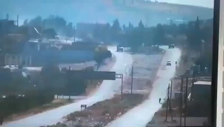 A bomb attack was carried out during the patrol of Turkish-#Russian vehicles on the M4 highway in #Syria.  There are no #Turkish soldiers who died and were injured. pic.twitter.com/HFabe03WJC
