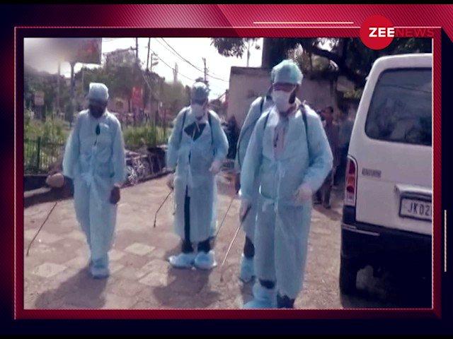 कोरोना वैक्सीन के पहले मानवीय परीक्षण की कहानी  संक्रमण के खिलाफ मां, बेटे और भाई की शपथ  कोरोना का 'अंधकार' मिटाने वाला देश का 'दीपक'  देखें #DeepakPaliwal की कहानी उन्हीं की ज़ुबानी 7:25 PM बजे @ZeeNews पर   @sudhirchaudhary @siddhinath