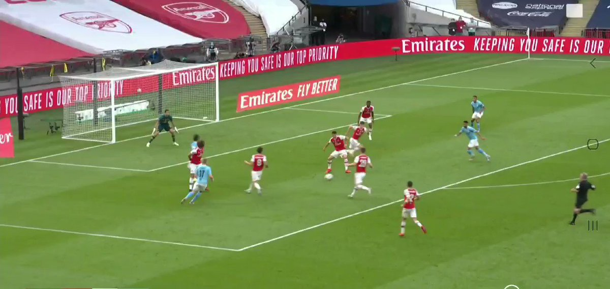 This is actually unbelievable... 😳🔥 #AFC #Arsenal #ARSMCI