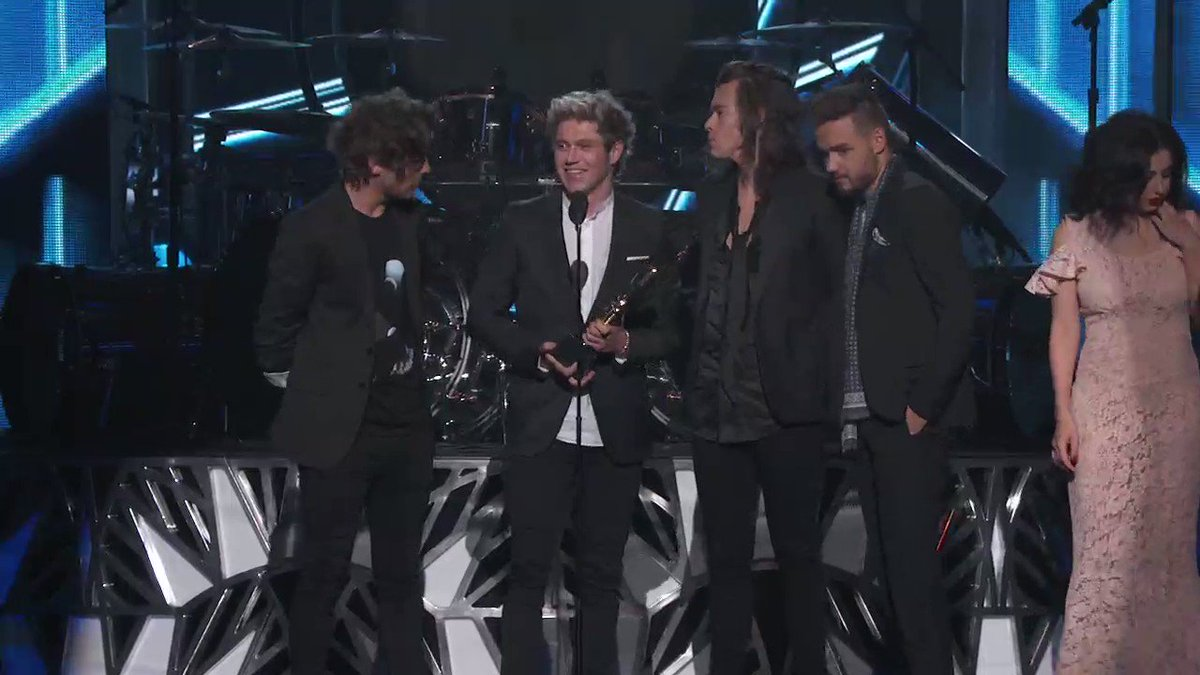 A moment during the 2015 #BBMAs we'll never forget. Thanks for the memories, @onedirection. #10YearsOf1D