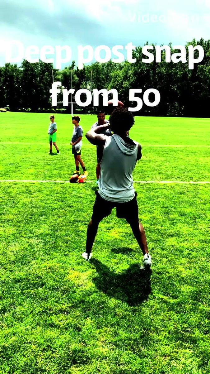 Great workout with Top 2021 QB @_chargedup1 out of Deerfield Academy. @MizzwerkEliteCT @CoachDWill3 @donniegray03 @gjamiel36 @BrendanGuy87 @DABigGreenFB @Reynolds4Casey @excelnewengland @MassVarsity