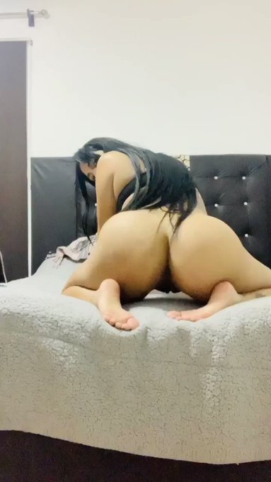 Quien me da tra tra tra ?😈🍆 Dame RT 💦 https://t.co/Q4NjtlkDzQ