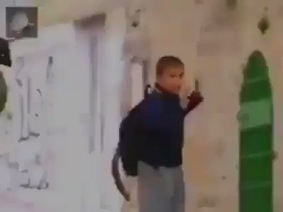 Life under occupation! Watch how an israeli soldier, treat a terrified Palestinian child on his way to school.  https://t.co/AZsXwBF4Oz