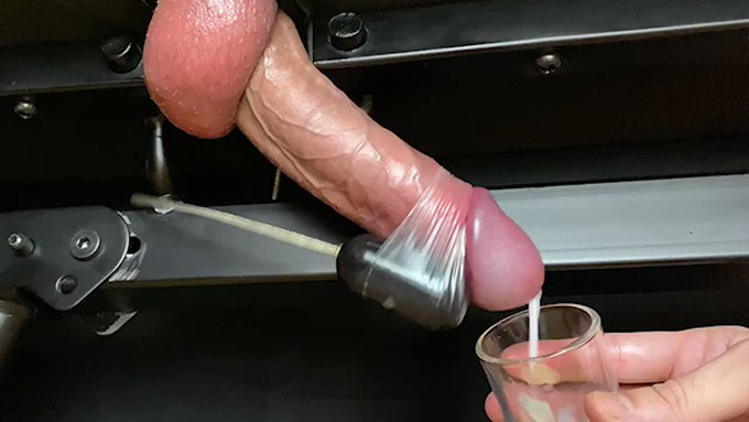 Verbal guy #cock #edging while #moan and #dirtytalk until #handsfreecum #bigcum on #milkingtable  🔃RT