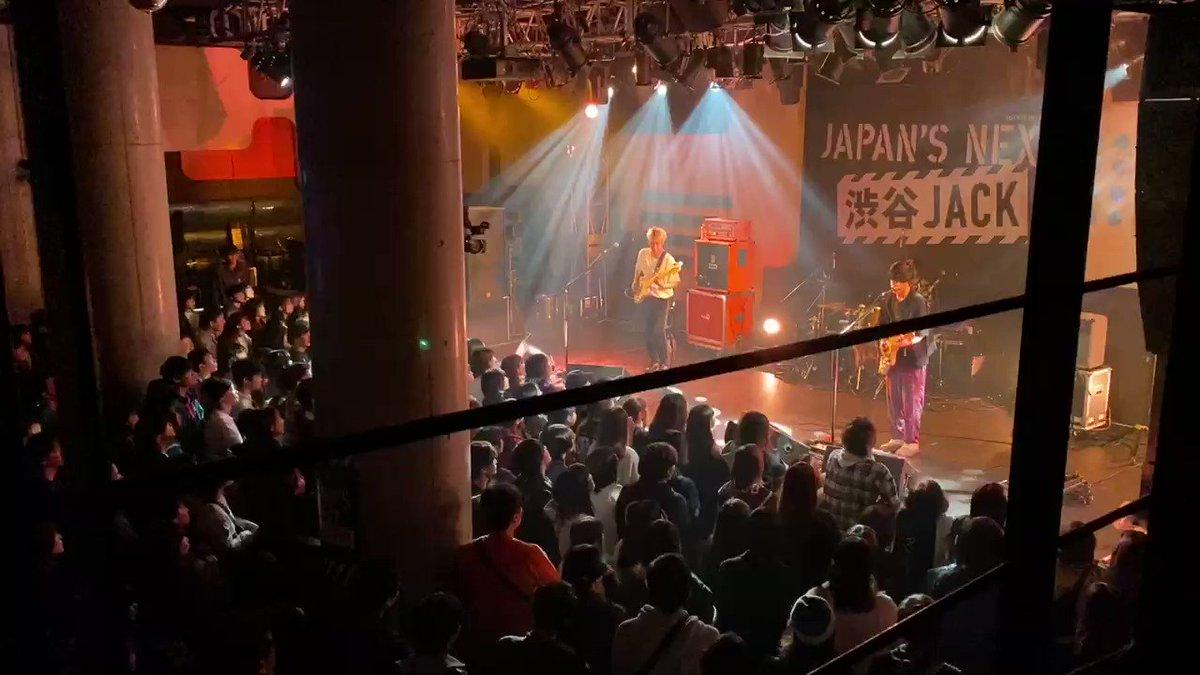 """本日は以前出演した「JAPAN'S NEXT」で演奏した""""記憶について""""のライブ映像を少しお届け👍音源もチェックしてね❗️➡️➡️"""