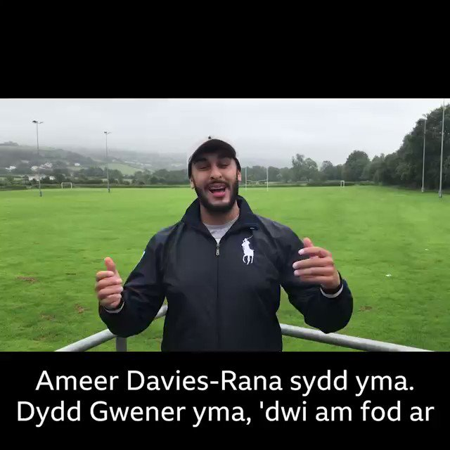 Nos yfory - 5PM @BBCRadioCymru2 am awr cyfan!! Tiwns, tiwns a fwy o diwns🎧 Bydd @lloydylew yn ymuno fi💥