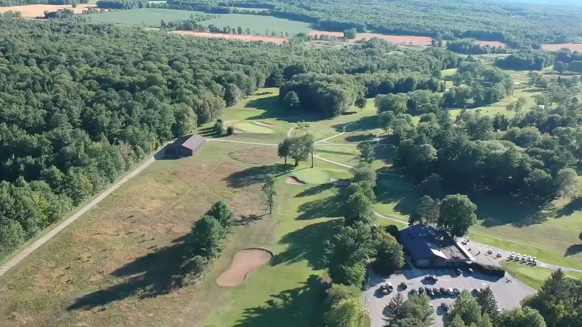 Thursday night flight over the north course 🏌️♀️🏌️ https://t.co/rxgZgmBuJq