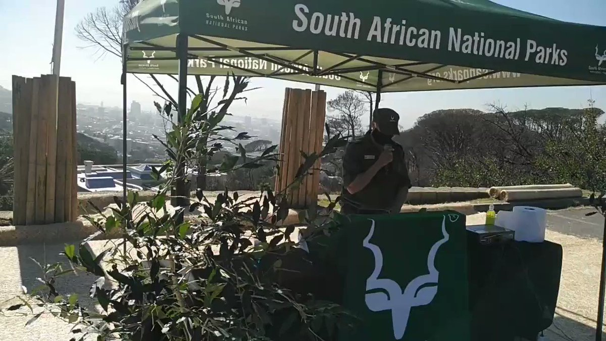 #worldrangerday2020  Rangers Pledge by Paul Albertus affirms on behalf of the rangers to continue to serve and protect the environment.  #SANParks #LiveYourWild #Rangers https://t.co/Y8iOcXcEdS