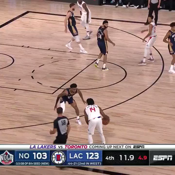 Terance Mann's late 3-pointer gives the @LAClippers 25, a franchise record! #WholeNewGame https://t.co/w8PiAurf2e
