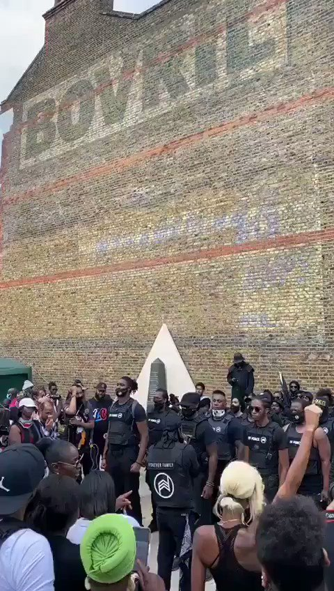 Black power salutes given at their demanding of reparations yesterday in London.  Wake up Britain.  Listen to what Gavin Boby has to say  Here▶️ https://t.co/JHYZr0rUsb https://t.co/EGalAUPMAY