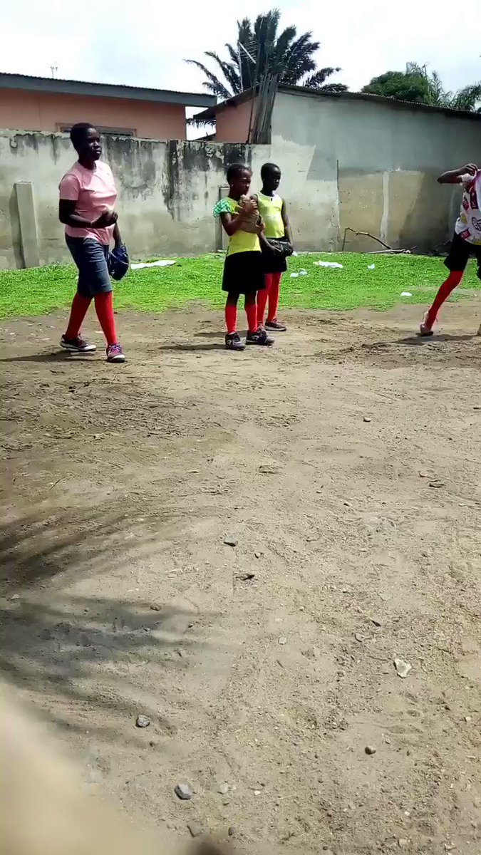 OUR SEARCH FOR GHANA'S FIRST PITCHERS! Fast pitch is fast becoming one of Ghana Shock girls' favorite sport. We deem it necessary to make it competitive so that out of many we might get the best pitchers for Ghana. These girls are All beginners!  @ascarborough @jen_schro https://t.co/TsbdzNIAwS