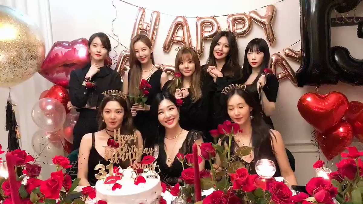 #13YEARSWITHSONE #13YearsWithGirlsGeneration #GirlsGeneration13thAnniversary #13SummersWithGG #13년째_지금은_소녀시대 https://t.co/boNijgQCI5