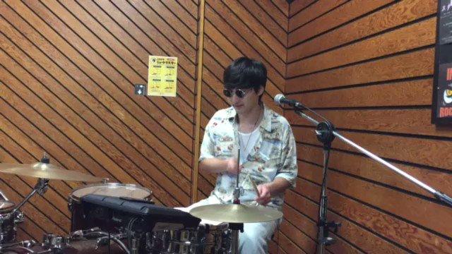 〜毎日OSHIN〜本日の日替わりOSHINby Keisuke#oshin #band #music #おしんじゃなくてオーシンだよ #日替わりメニュー #日替わりoshin #毎日oshin #musicday #drums #drummer #studio #jam #session #groove #ノリノリ #ウォーミングアップ #叩いてみた