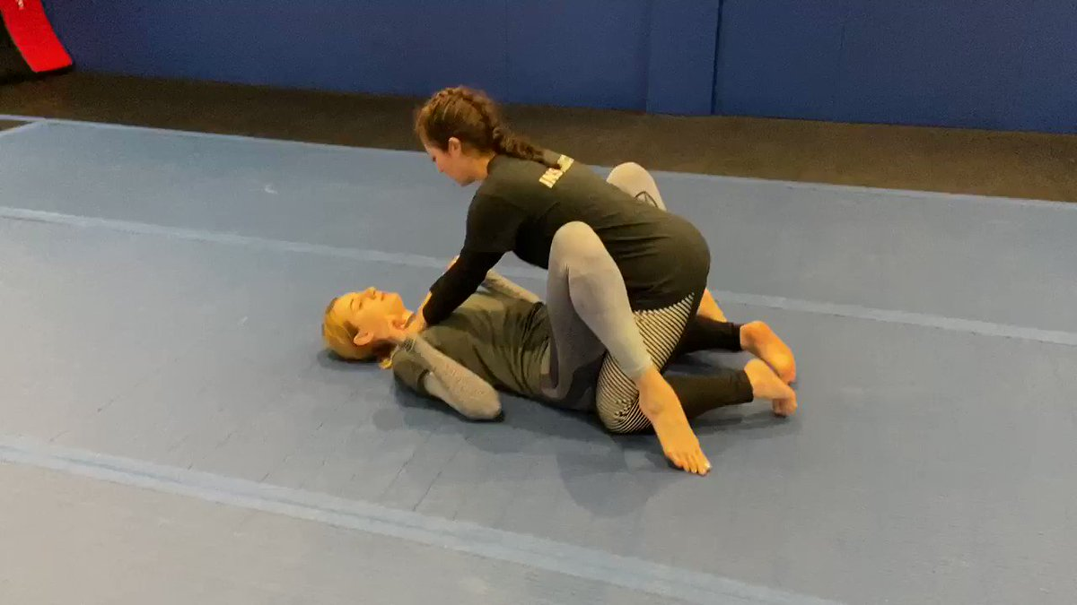 Laura's self-defense classes are going well... @RondaRousey and @DrAnnMaria would be proud! #myfirstarmbar