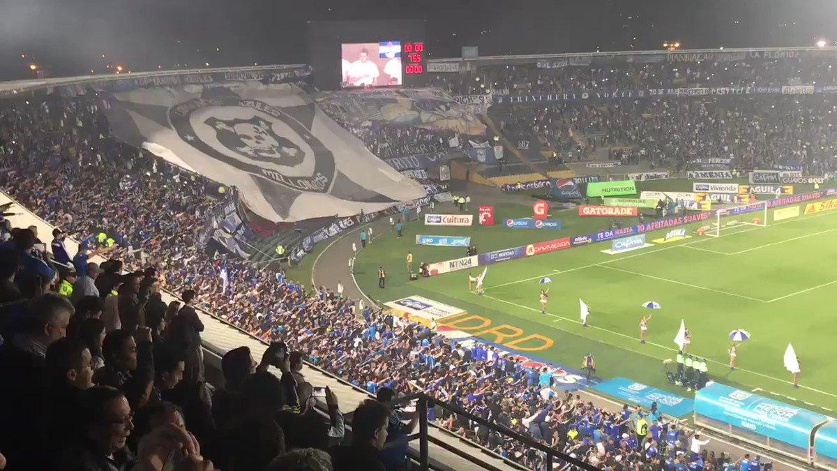 💛❤ ¡BOGOTÁ, BOGOTÁ, BOGOTÁ! Lo digo año tras año y lo seguiré diciendo, feliz cumpleaños a la ciudad que me lo ha dado TODO. Eternamente agradecido por la vida que me ha obsequiado. Felices 482, mi hermosa @Bogota 🎂💙