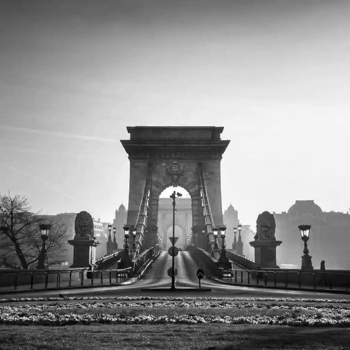 Some of my B&W Budapest photos  #Budapest #fotózás #Hungary #Travel #SonyAlpha #blackandwhitephotographypic.twitter.com/3fI2F0oGSf