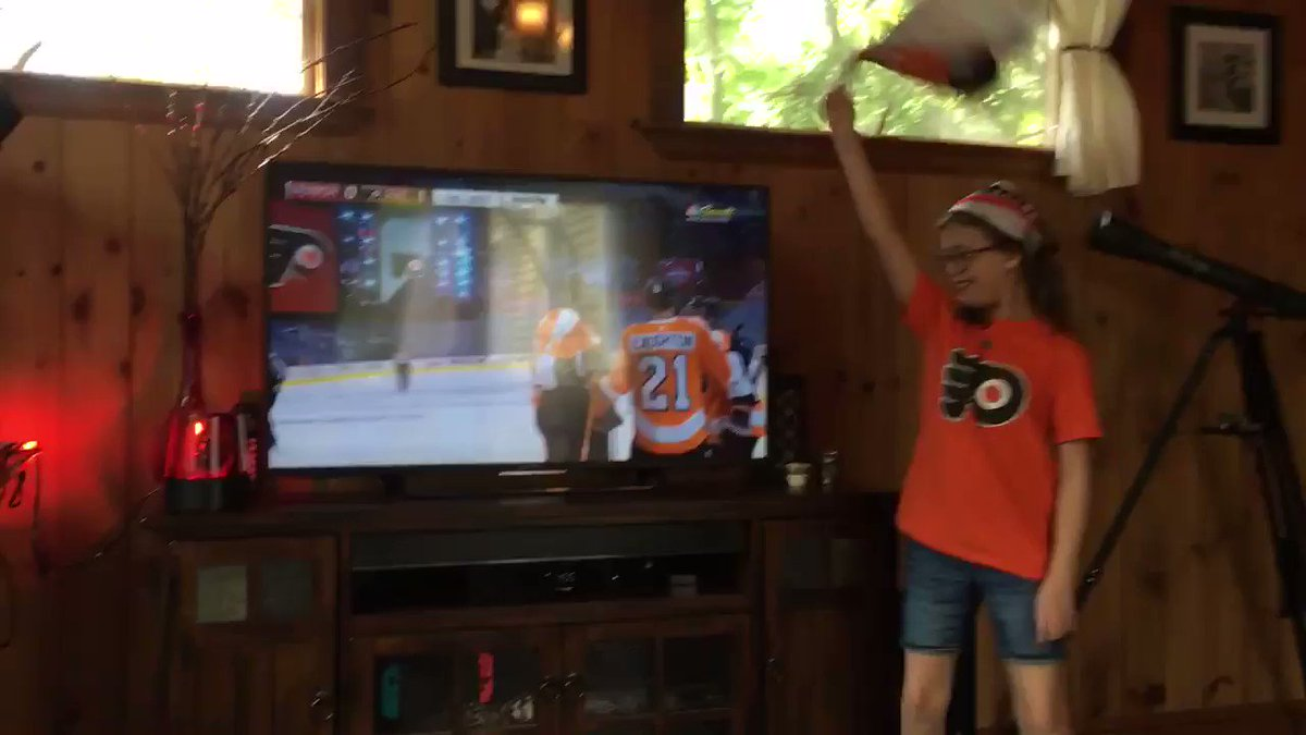 .@NHLFlyers Score!! 🏒🚨#authenticfan #AnytimeAnywhere #Flyers @NBCSPhilly @NBCSports https://t.co/ic7AitrqgS