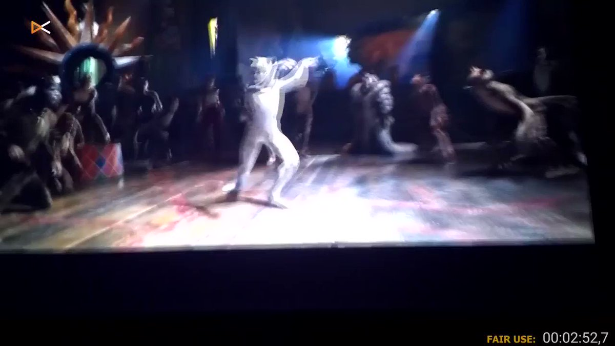 @JJurcaga just cant take it. :( #Cats #CatsMovie #Cats2019 #CatsMusical #Musical #EuropeansReact #TaylorSwift #RebelWilson #JamesCorden #BadMovie