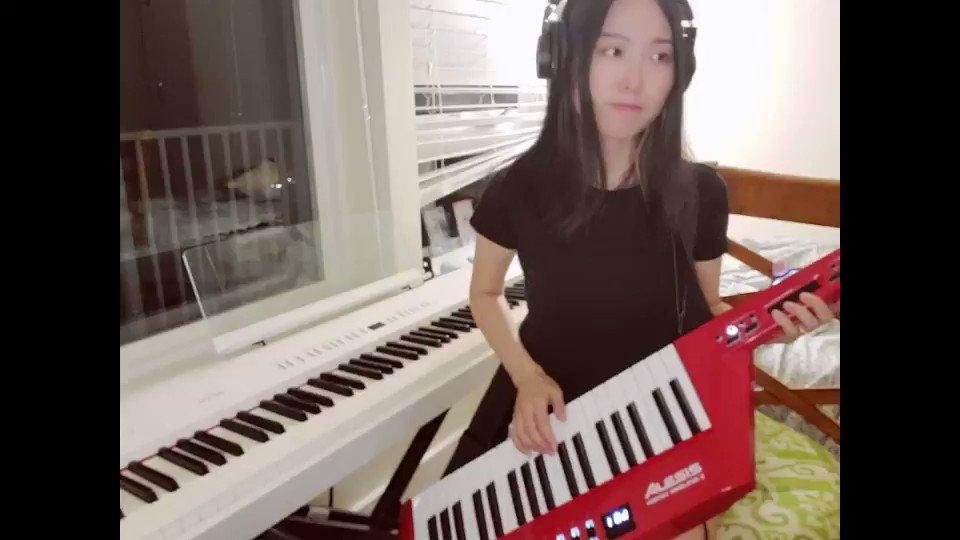 続き🎤最後のほうで和田アキ子さんのことを思い浮かべた今日YouTube動画アップします☺️日本の19時にのぞいてみてね☺️Billie's BounceElla Fitzgeraldさんのソロ#まいにち耳コピ No. 304#piano #jazz #ピアノ #耳コピ #ジャズ #毎日投稿  #演奏動画 #弾いてみた #alesis #keytar